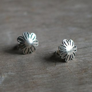 Keshi poppy petals pierced earrings 925 sterling silver hand-made one