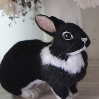 Wool felt immersive rabbit customized (15CM large)