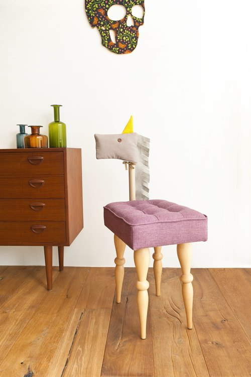 Color pony chair