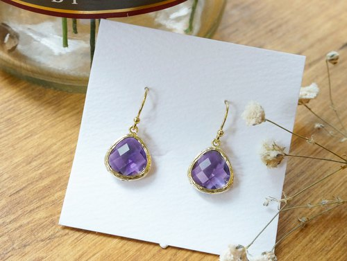 Edith & Jaz • Series birthstone - amethyst earrings (February)