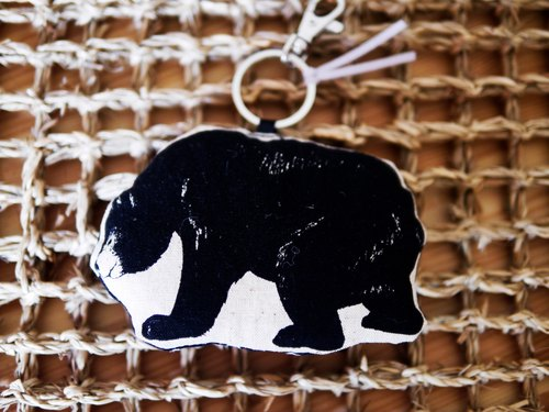 No-2 bear black bear keychain