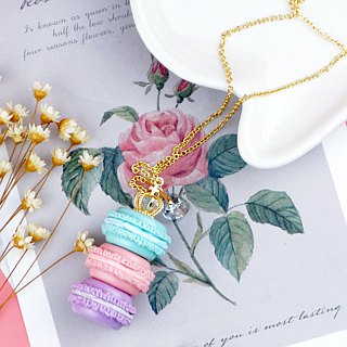 Hand-made Waltz - small crown necklace mini macarons