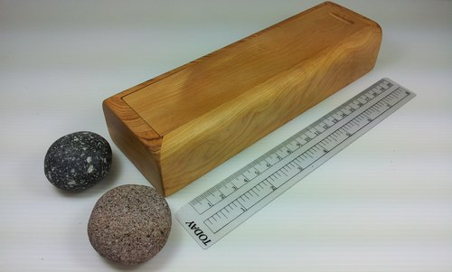 Withdrawing Taiwan cypress wood pencil case