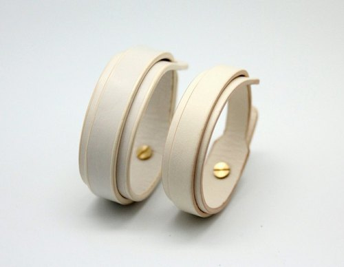 "White's Get Set - ""Ring 2cm + 2.5cm double leather hand"" combination"