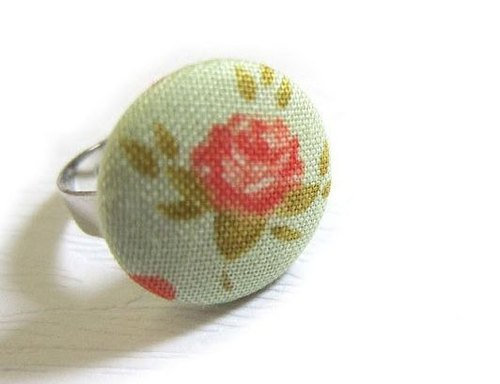 Handmade cloth button ring pink roses