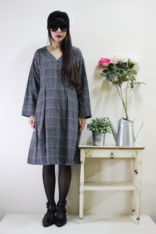 F1634 (Vintage) gray vintage plaid long-sleeved cotton dress