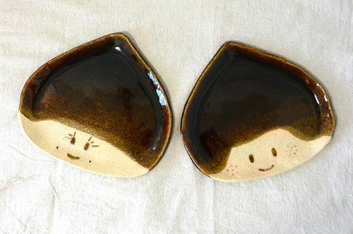 Large chestnut of brother and sister (platter of pottery)