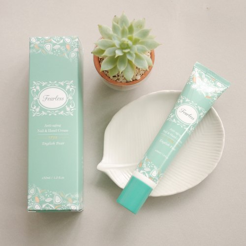 Fearless anti-aging nail and hand cream SPF8  30g( English peer )Big Sale