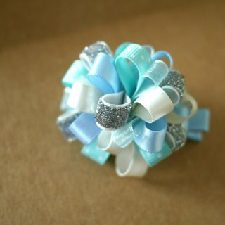 Frozen Frozen theme (Elsa Princess) hairpin: loopy puff