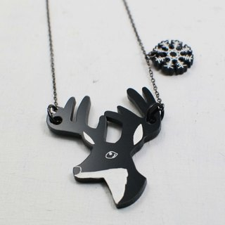 Simple minimalist elk snowflake / short necklace