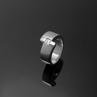 Handmade / 5mm square single diamond texture Ring Ring / 925 Silver