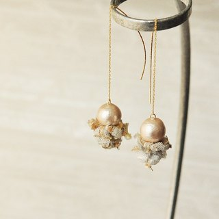 "イヤリング/ Cotton Pearl earrings ""snow"""