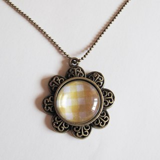 Yellow Scotland pattern necklace