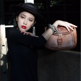 100% LEATHER CROSSBODY BAG VINTAGE STYLE ROUND