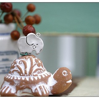 "**~ Drawing Series = Elephant North and South stood up + 16 ""sterling silver necklace ~**Sheep + hand-made"