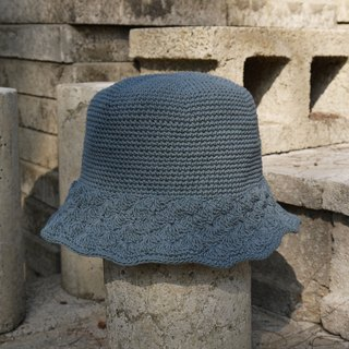 Mama の hand as the cap - loose knitting hat - iron gray / Mother's Day
