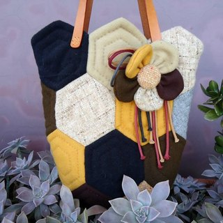 Bee nectar / pouch. Patchwork portable package