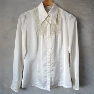 Mixed satin lace long sleeve shirt vintage