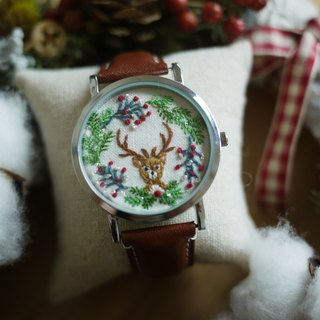Department of forest animals - elk wreath embroidered leather Watches / Accessories