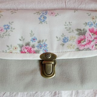 Cath Kidston style gingham wallet