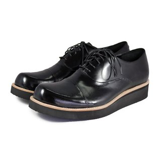 Wine Cup M1127 Black leather sneakers