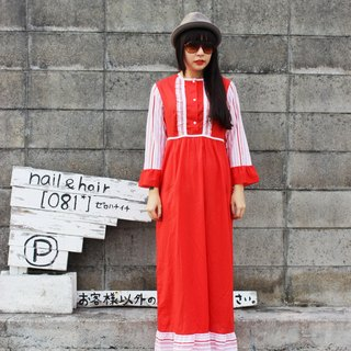 F726 (Vintage) being attached to the waist strap stitching red gingham trim Long cotton lace flounced nine points sleeve vintage dress