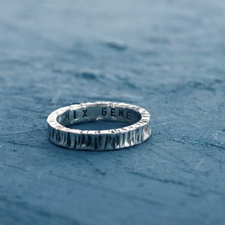 《 HAMMERED  Ring》 :999 silver