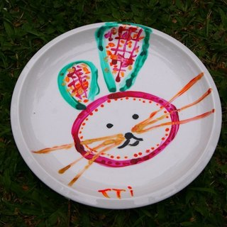 Hand-painted rabbit rabbit porcelain plate