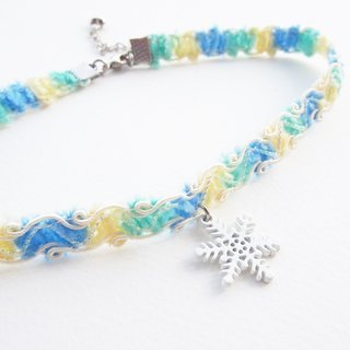 Colorful soft lace choker with white snow flake