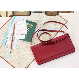 Organized Travel- shoulder bag style passport (ladies red)