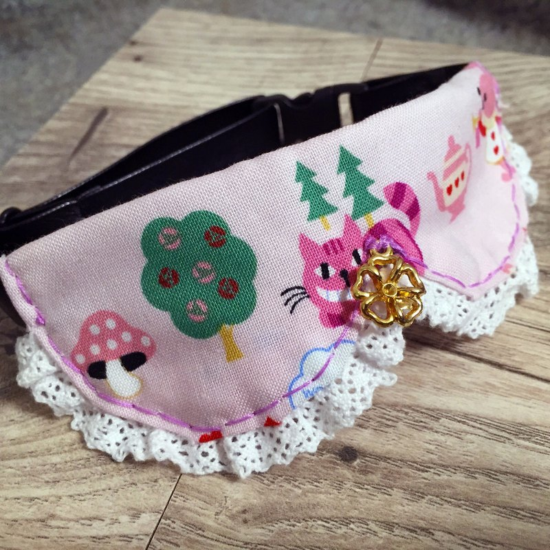 Alice in Wonderland pet collar dog cat S size