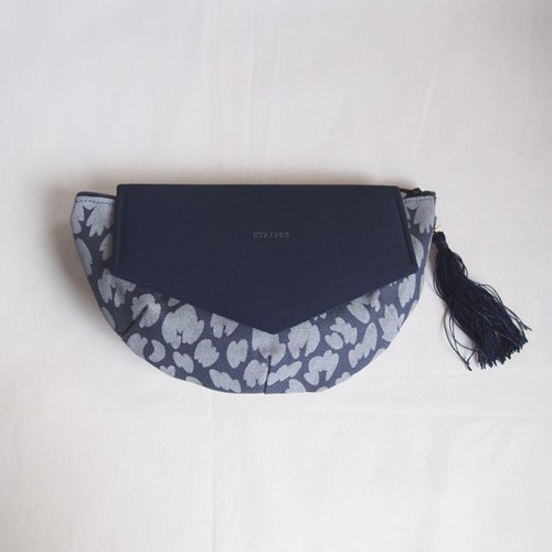 ポーチ・クラッチ ::: FLYING CLUTCH POUCH :::  / navy × navy