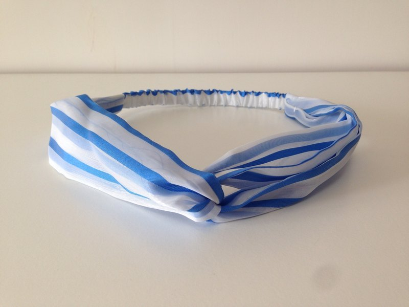 Transparent blue hair band