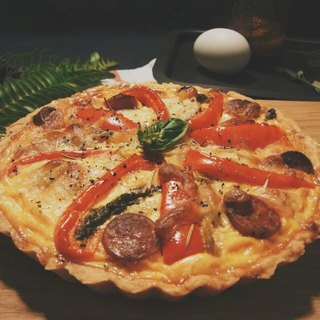 Bacon Tomato Confit and Mushroom Quiche