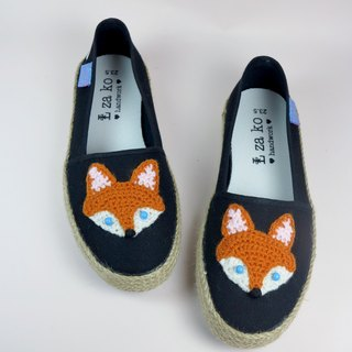 Black casual canvas hand made shoes Forest Department Fox models have weaving