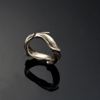 Golden Marrow Ring | Standard Collection