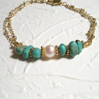 Great vintage pearl turquoise bracelet