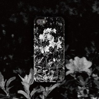 Night blooming / 2014 / phone case