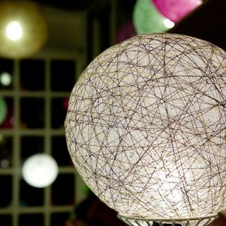 [Japanese-style hand-woven ball shade and wind]