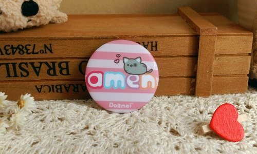 Dollmei badge Amen_ pink _ cute cat 4.4cm