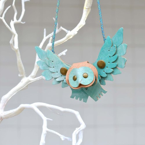 Follow Mie-U Fly I Fly - Owl bird leather necklace - heart-shaped section - blue water