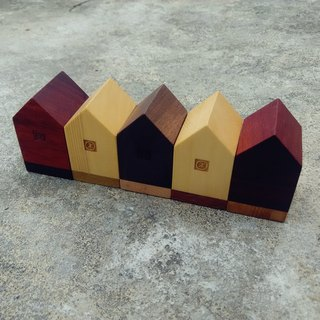 【Original. Wood】 double color good house _ home decoration small objects (1)