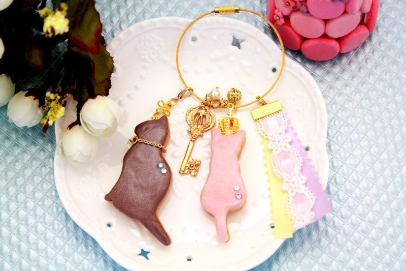 Hand-made Waltz - cat lovers Simulation sugar cookie ornaments bag / keychain