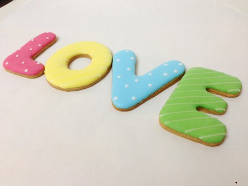 LOVE letters large sugar cookie manually by anPastry