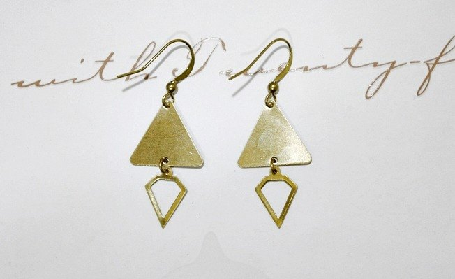 Pure brass hook * _ * diamond triangle earrings European and American fashion // //