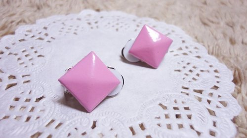 NiCorn hand made - Great Rock Season - pink pink rivet retro earrings (ear clip-on)