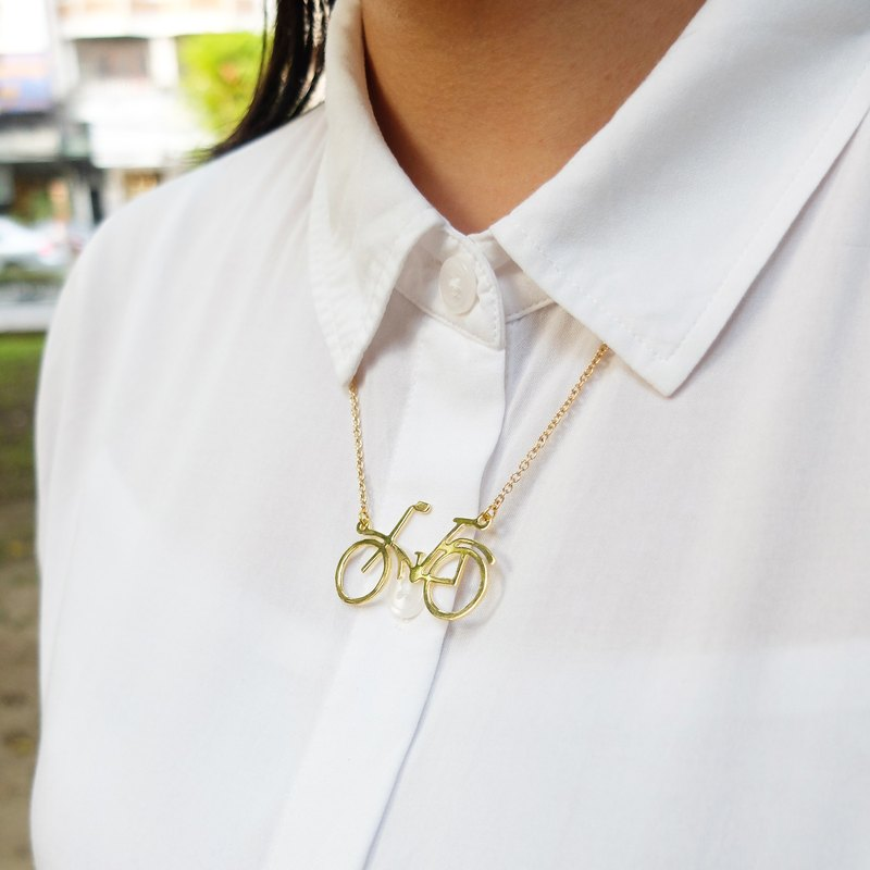 Glorikami Bicycle Necklace