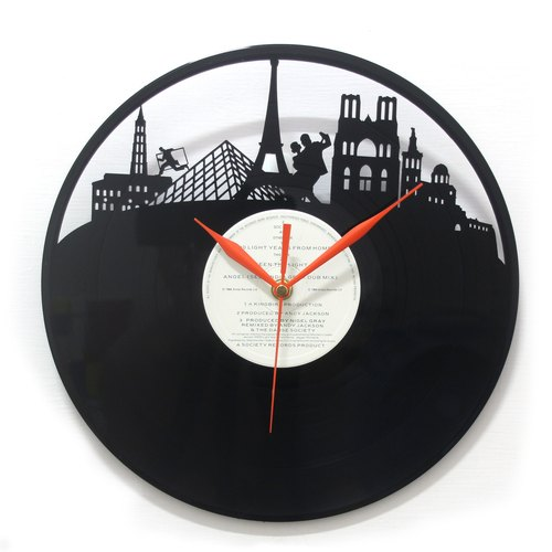 [Time traveler 1888] vinyl clock. Love the French [A'more France]