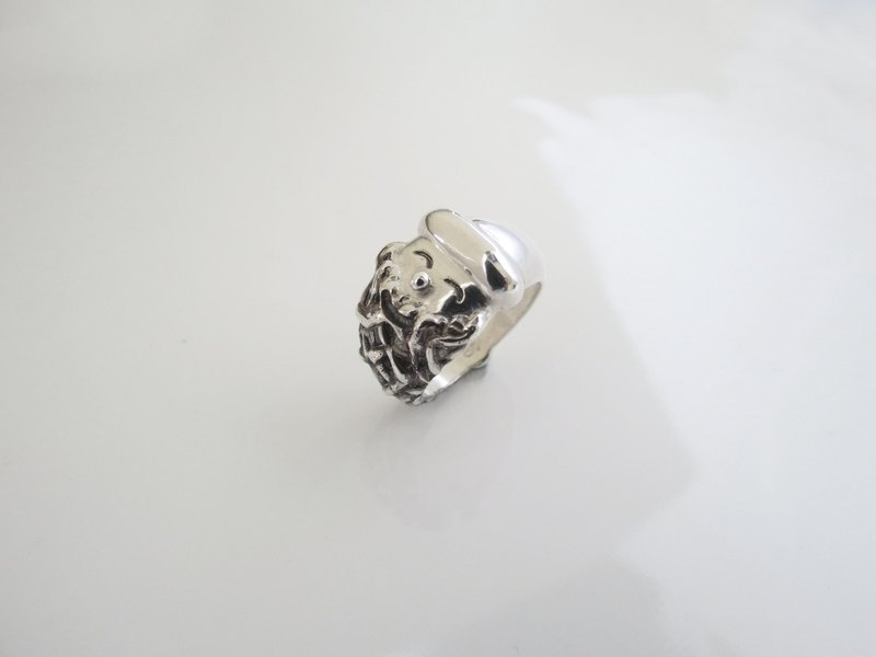 Smiling santa (925 sterling silver ring) - C percent handmade jewelry