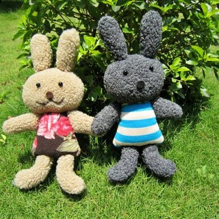 ★ ★ Sweet Valentine's Day together with you hand in hand Bunny doll